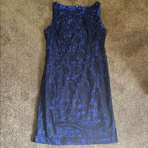 Women's blue and black dress